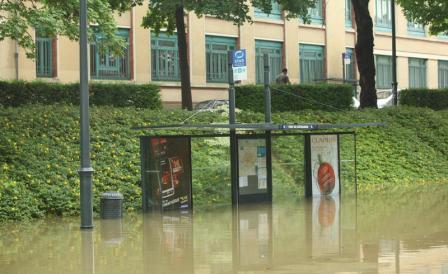 inondation_pont_de_Chateaudun_2009_D.Gouray